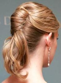 Peinados semi recogidos en cabellos cortos