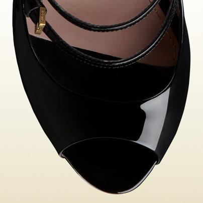 Zapatos elegantes para una fiesta Gucci
