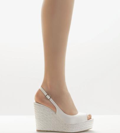 Zapatos de novia que debes elegir en verano